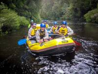 Group of rafters on the Franklin River |  <i>Glenn Walker</i>