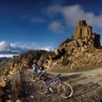 Cycling down the exhilarating Jacob's Ladder | Tourism Tasmania & Glenn Gibson